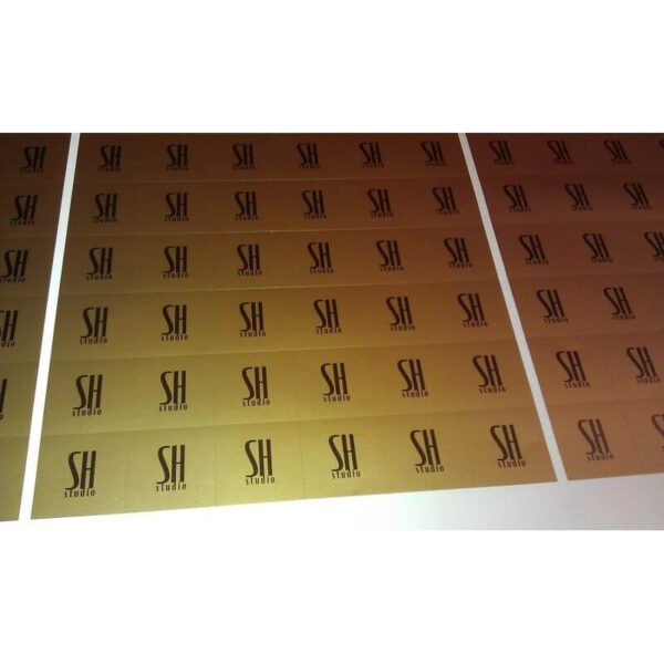 Druk : folia srebrna lub złota
